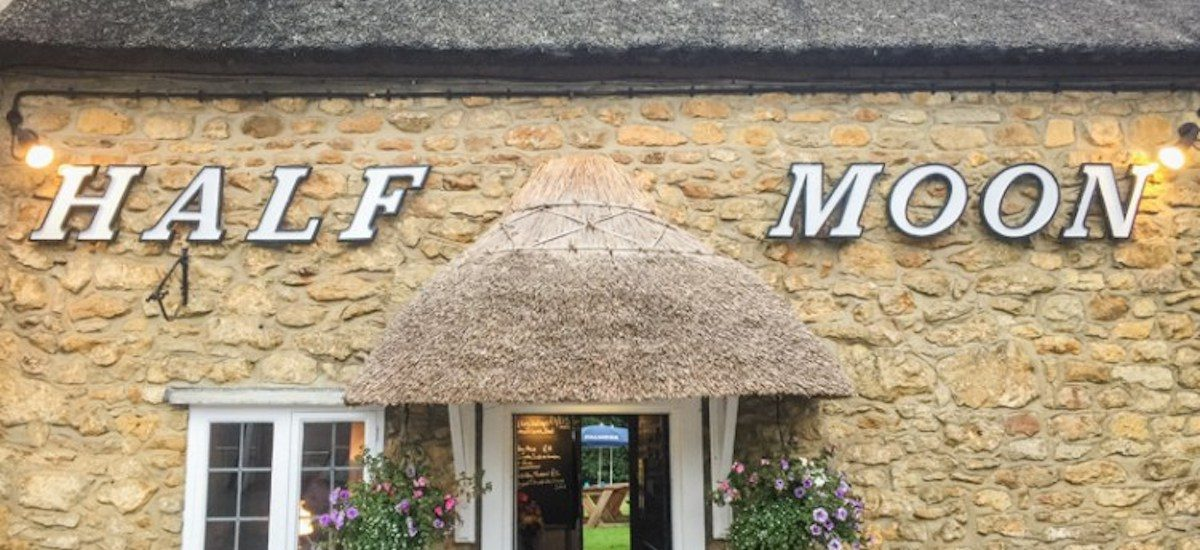 Review of the Half Moon in Melplash
