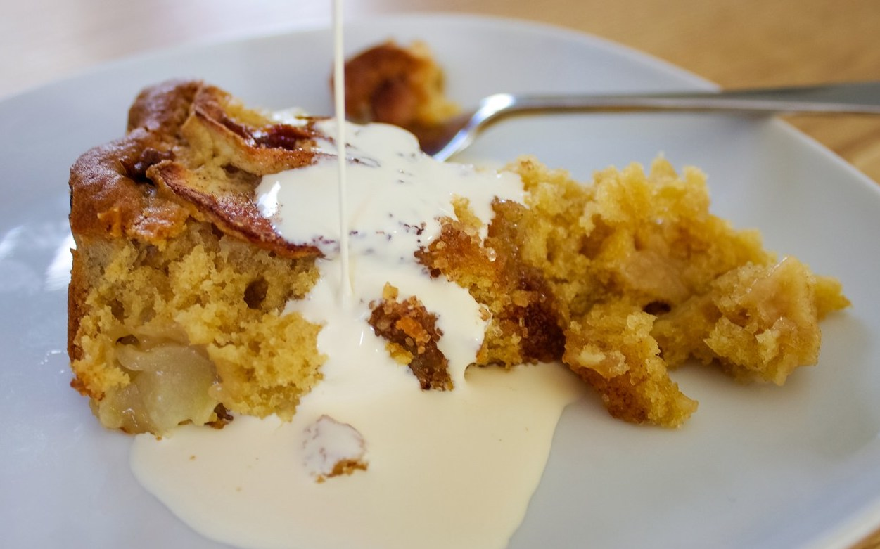 Recipe for a Dorset Apple Cake
