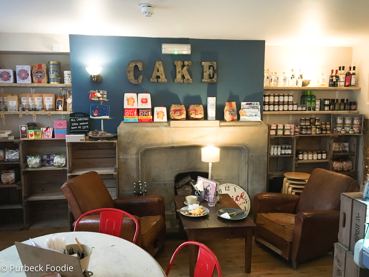 Review of Love Cake in Corfe Castle