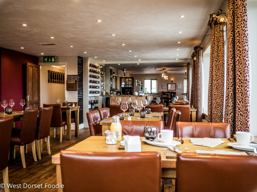 Review of the White Post Restaurant in Rimpton