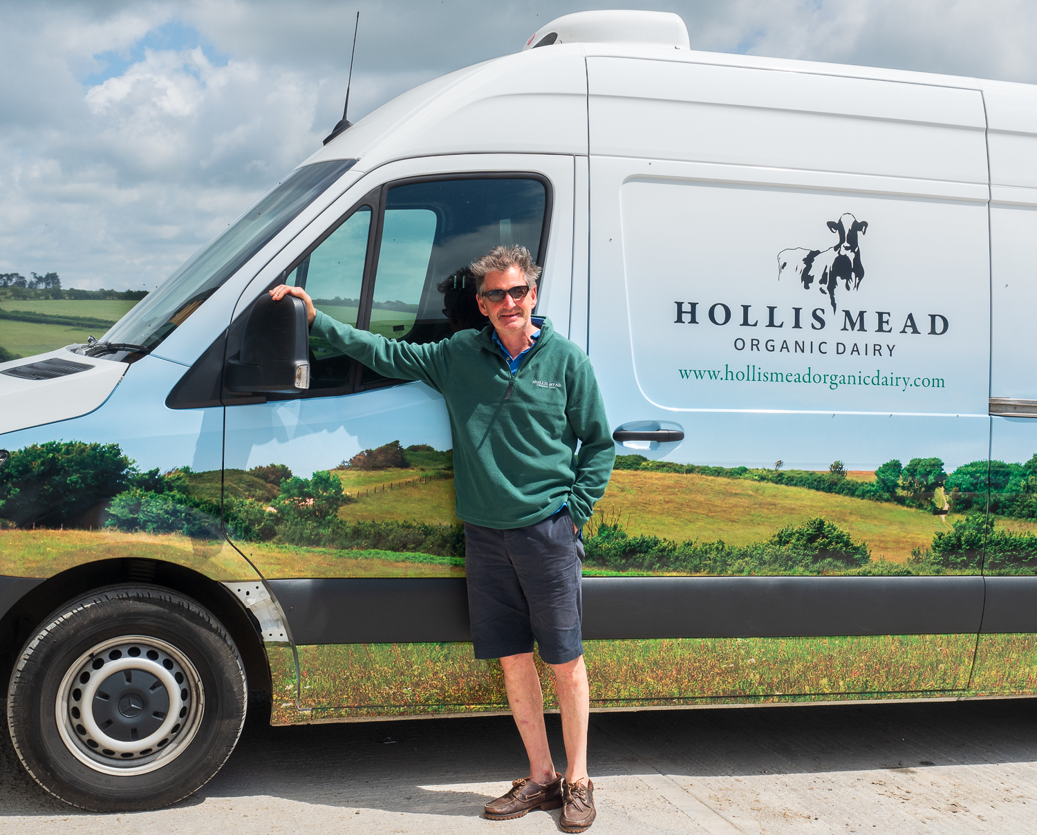 Oliver Hemsley, Hollis Mead Organic Dairy